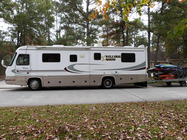 Kellogg Family Lives in Class A Motorhome